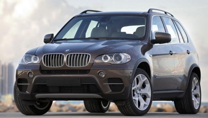 Грандиозный тест драйв BMW X5 — полный обзор автомобиля