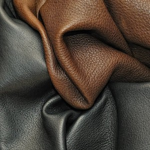 Типичный такой пример натуральной кожи для обтяжки салона